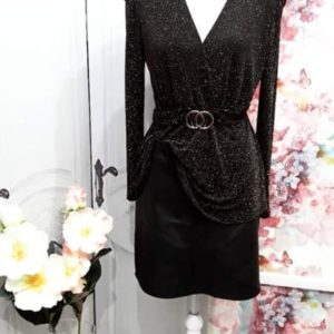 Falda negra ecopiel
