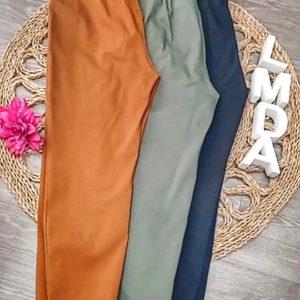 Pantalón elástico verde